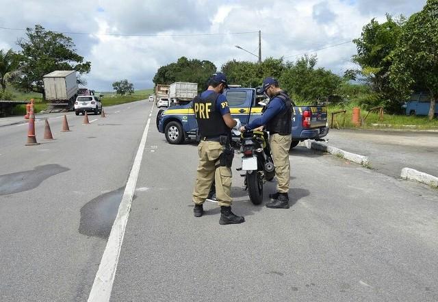 Cai o número de acidentes, mortos e feridos nas rodovias federais em Pernambuco em 2017