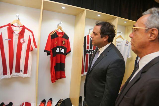 Paulo Câmara prestigia lançamento do Campeonato Pernambucano de Futebol 2018