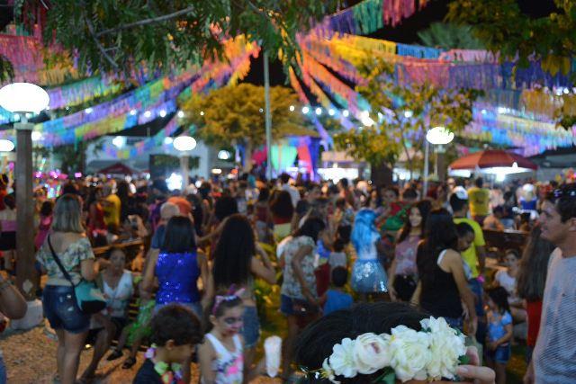 Carnaval Domingo na 21 (1)