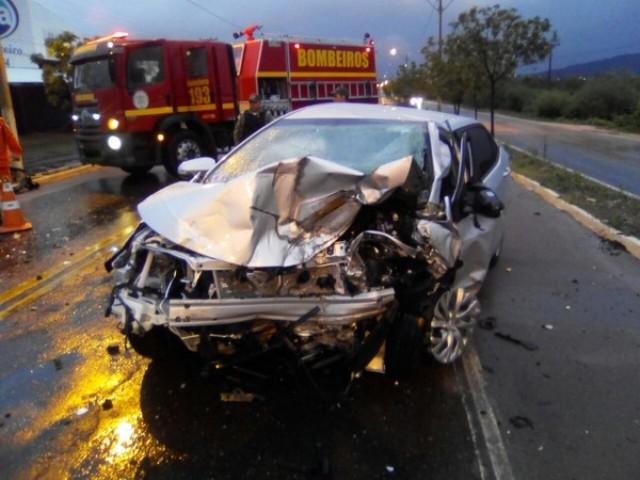 Representantes-comerciais-residentes-em-Juazeiro-do-Norte-morrem-em-colisão-de-veículos-na-BR-316-em-Picos-PI
